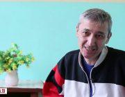 Рустам: Хоҳаронам хонаамро фурӯхтанду маро дар кӯча партофтанд (Видео)