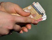 «Нет денег» — куда утекает валюта из Таджикистана?